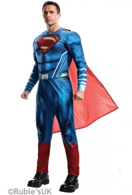 Dawn of justice: Superman Kostumer